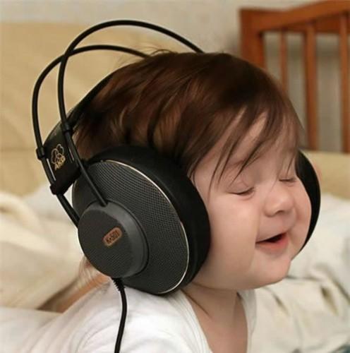 Big-headphones-baby