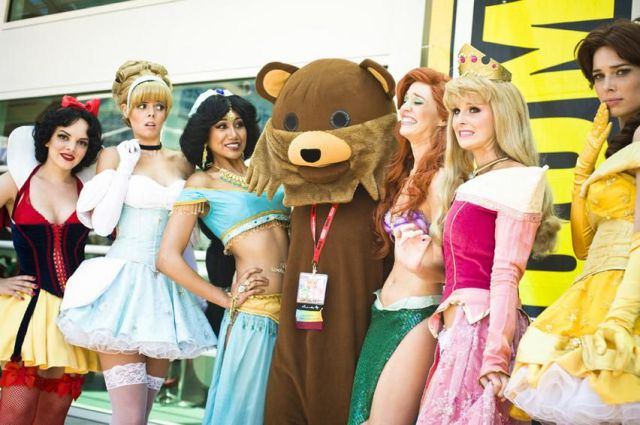 Bear with girls Funny Picture