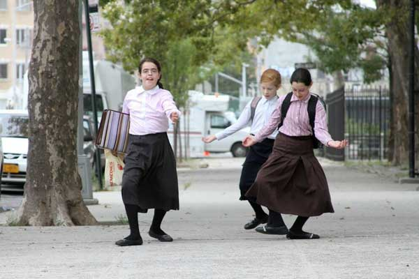 Dancing Orthodox Jewish girls Funny Women Picture