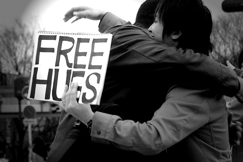 Free Hugs to Friends