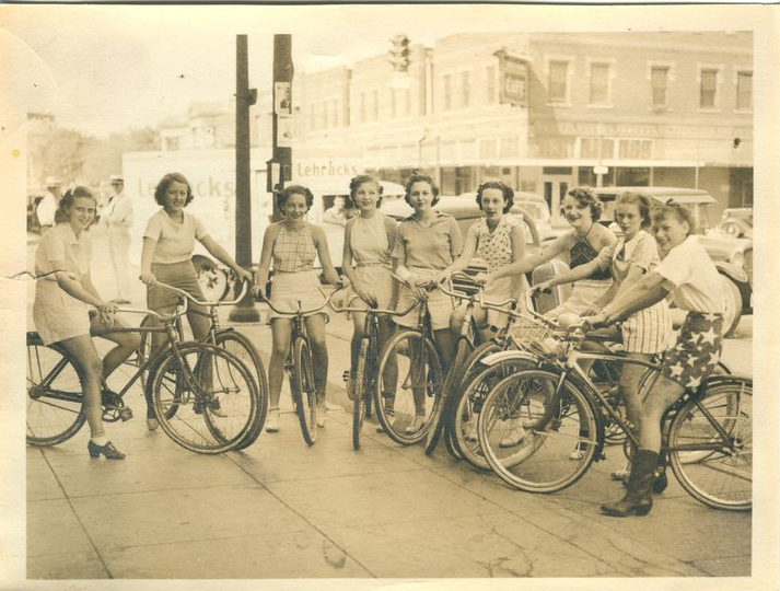 My grandmother's bicycle gang 1936 Funny Women Picture